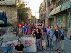 la-brigada-en-hebron-ante-el-checkpoint-56-que-lleva-a-la-calle-segregada-shuhada-y-al-sector-donde-solo-los-colonos-transitan-libremente