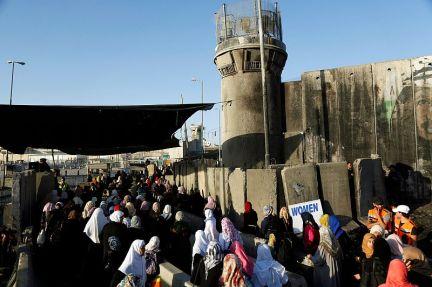 Checkpoint de Qalandiya. (Reuters).