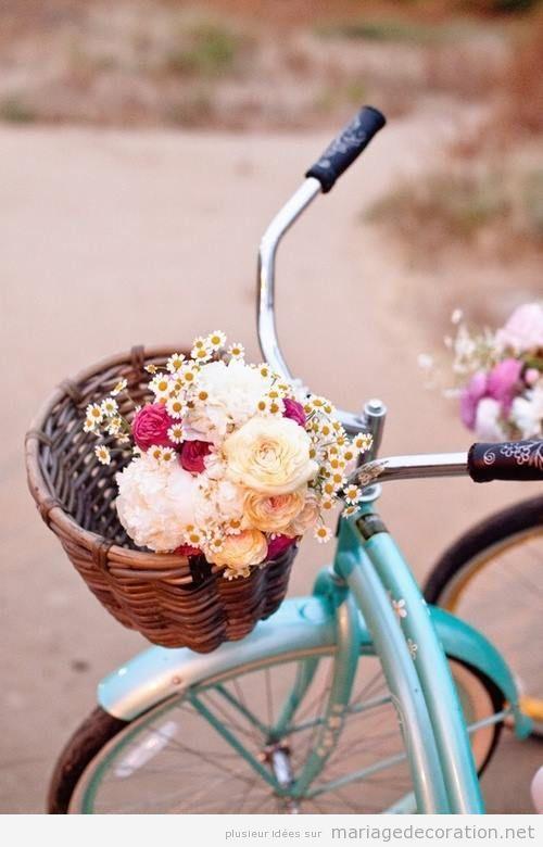 Idees Decoration Mariage Plage : Une vélo vintage pleine de fleurs décoration mariage