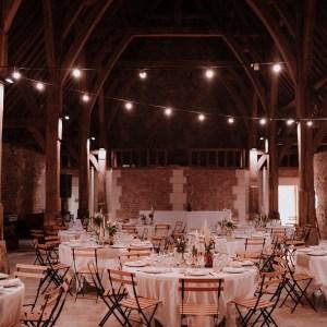 Salle de réception, location de tables et de chaises, location nappes mariage, location mariage Perpignan
