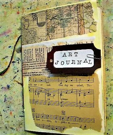 crafty girl's art journal making