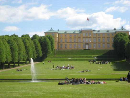 View from Frederiksberg Garden towards the palace
