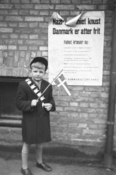 "©Gunner Johansen. ""The Naxi tyranny is destroyed. Denmark is free again"""
