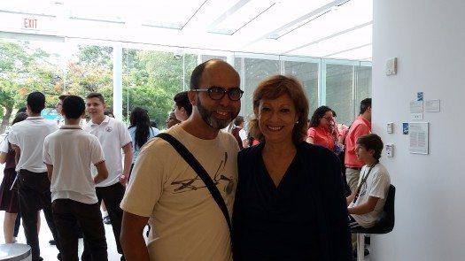 Los escritores Ángel Matos y María Juliana Villafañe en el Museo de Arte de Ponce.