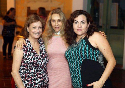 Poetas puertorriqueñas, María Juliana Villafañe, Etnairis Rivera y Kattia Chico.