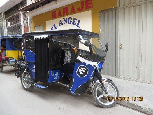Y no es difícil encontrar Moto-taxis con el emblema del Ché Guevara...