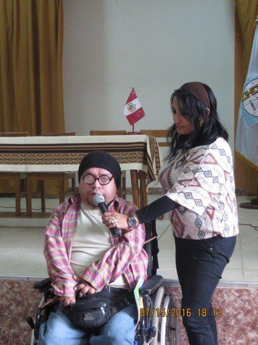 Stanley Vega y su bella esposa.