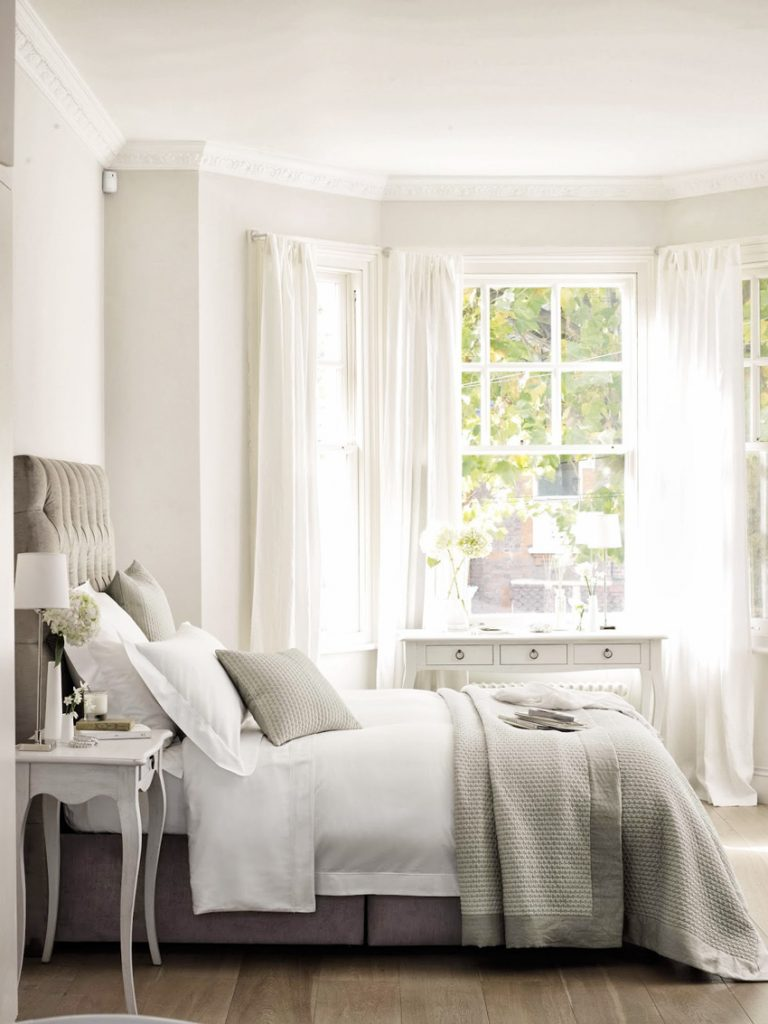 How To Choose The Right Curtain Rod Colour Advice For Homeowners