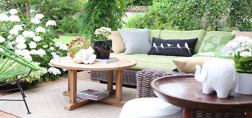 decorating with black outside