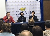 El escritor Enrique Jaramillo Levy a cargo de la presentación del libro Tipos raros de Joel Bracho Ghersi