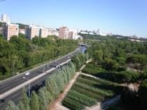 La carretera de la Coruña y la Catedral al final