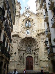 Iglesia de San Sebastián en el casco antiguo