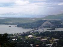 Puente de las Américas, que divide América del Norte y del Sur.