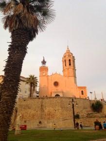Atardecer en la Iglesia de Sant Bartolomeu i Santa Tecla