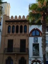 Edificios del paseo marítimo en Sitges