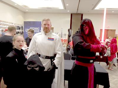 A Star Wars fam.