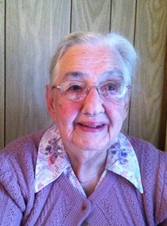 Mother Ruth Metzler Longenecker    1918 - 2014