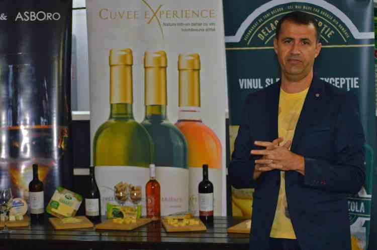 Daniel Botea, vorbind despre brânzeturi