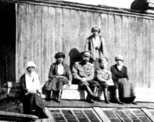The Romanovs on a roof's house in Tobolsk