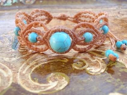 Macramé Bracelet with turquoise beads