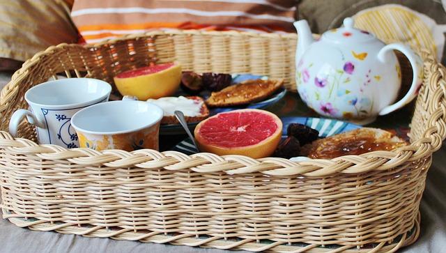 idemagasinet.no - tips og ideer til late sommerdager - SOMMERTIPS Frokost på sengen