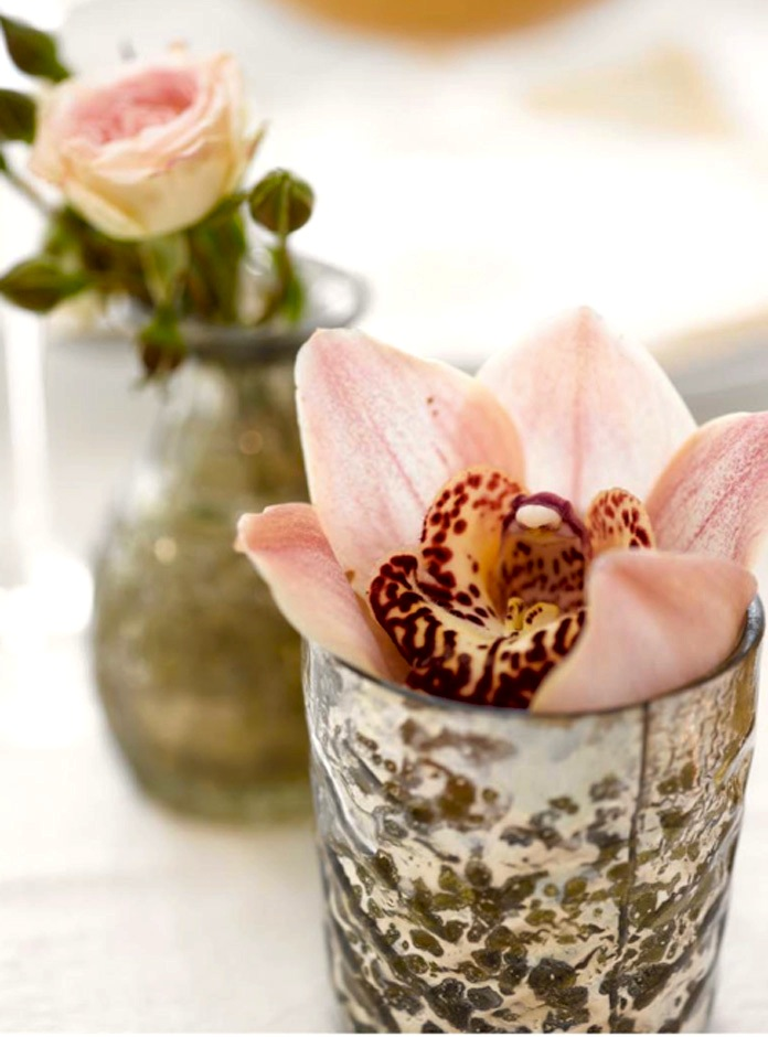 IDEER til festbord og borddekking med blomster