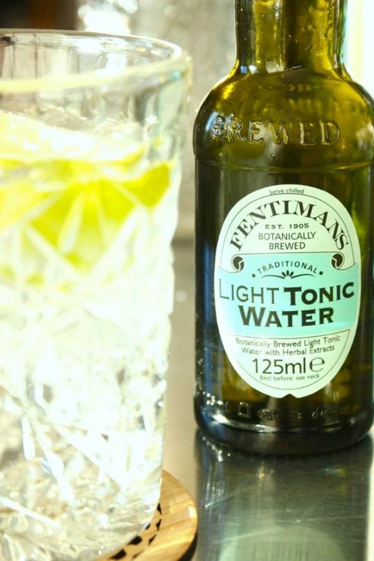 Ingeinørfruens-Vodka-tonic-med-light-tonic-water
