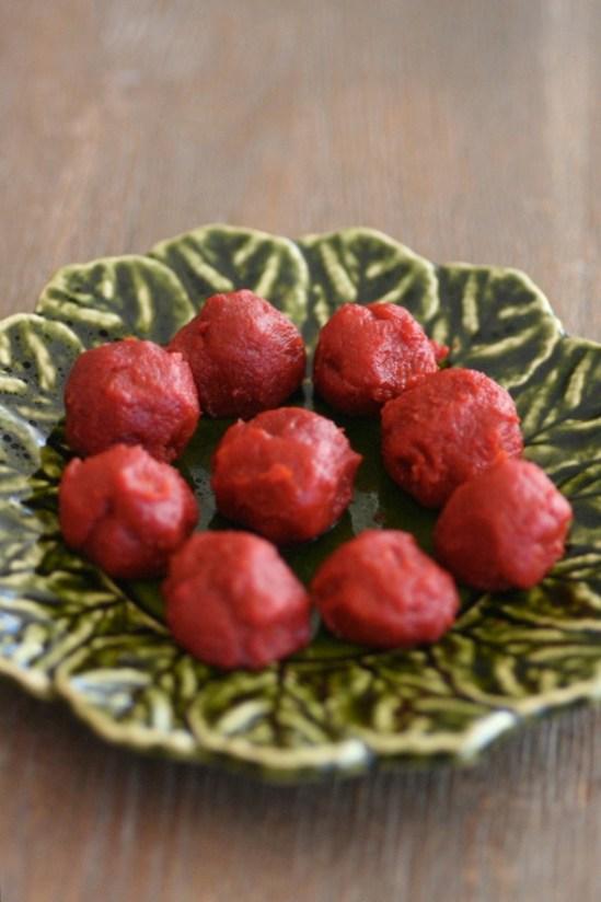 Ingeniørfruens-rester-av-tomatpure