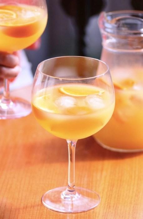 Spansk-populær-drink-Agua-de-Valencia 2