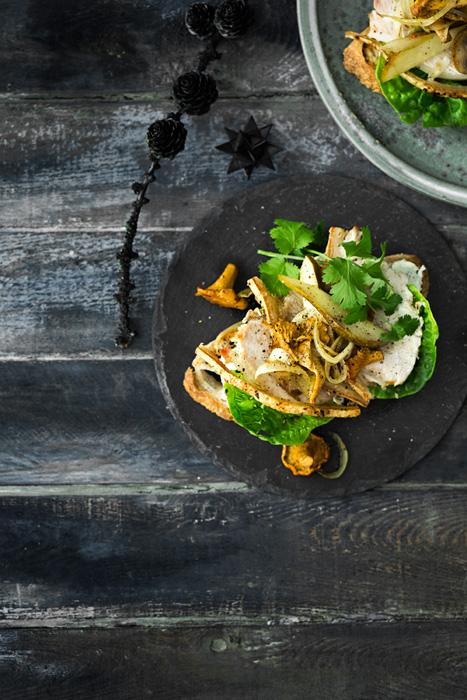 Oppskrift på Spicy svinestektoast eller toast med rester av ribbe