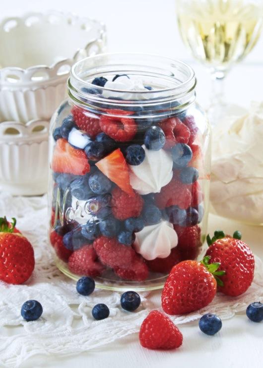 Fire fine fruktserveringer til 17. mai