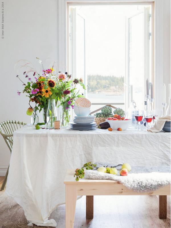 INTERIØRTIPS - Borddekking av vakkert og fargerikt festbord, og blomsterdekorasjoner