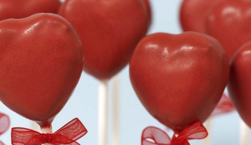 Valentines-meny, hjerte-cake pops