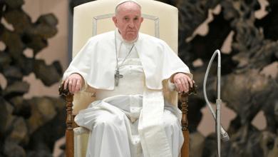 Photo of لماذا هناك الكثير من الأخبار المزيّفة عن البابا فرنسيس على المواقع وصفحات  الفيسبوك؟