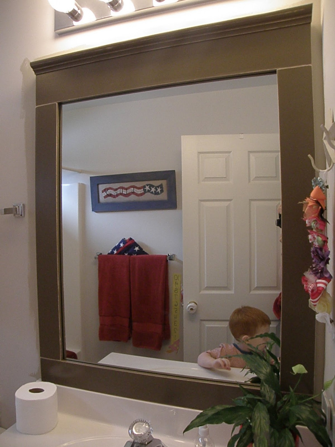Twin Rectangle Wall Mirror Decor With Classic Black Frame And Shaded ...