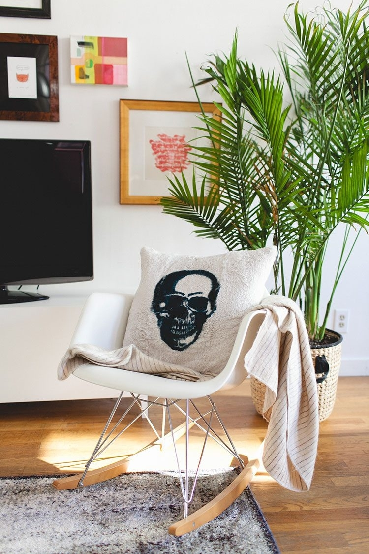 how to decorate with large indoor plants in a small space | jojotastic inside Decorate A Small Space