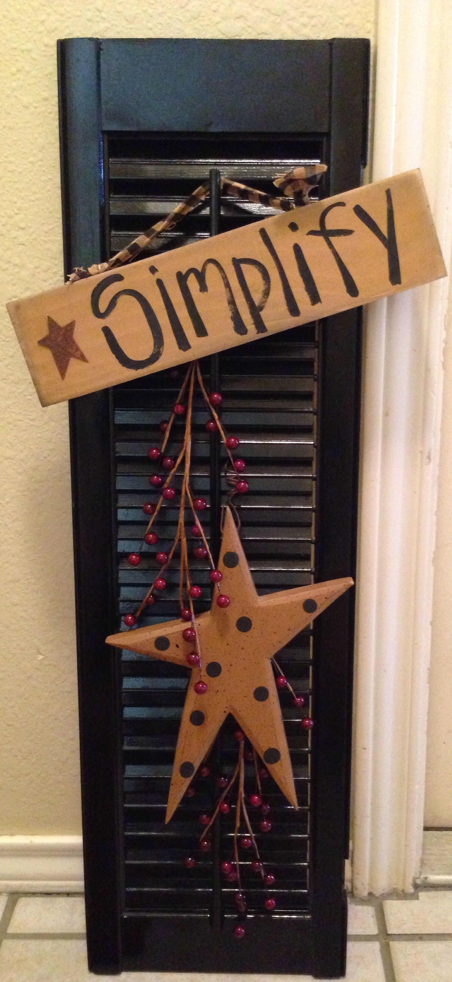 old shutter turned primitive decor! | my little diy projects with Primitive Crafts Decor