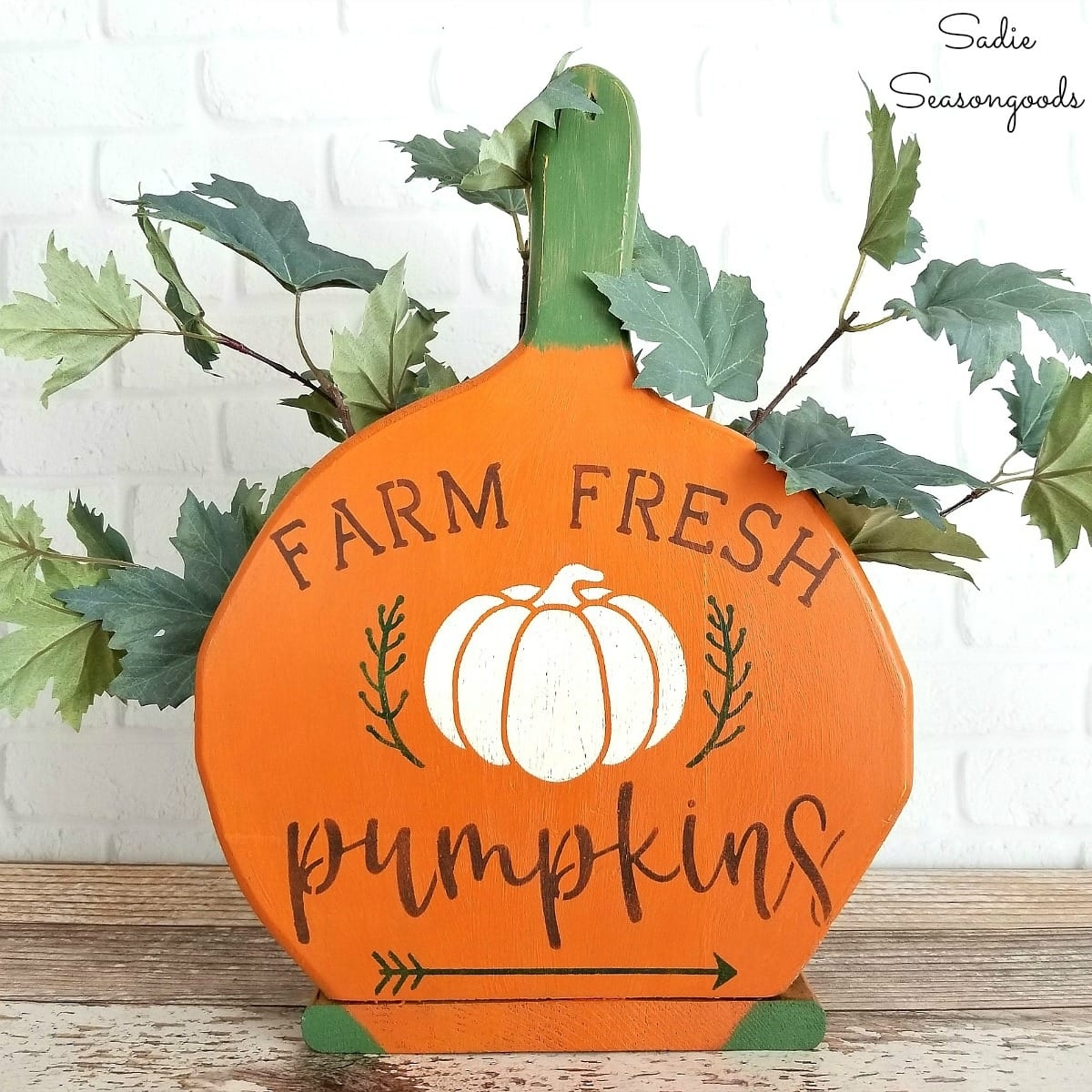 pumpkin patch sign for primitive fall decor from paper plate holders throughout Decorate With Primitive Signs