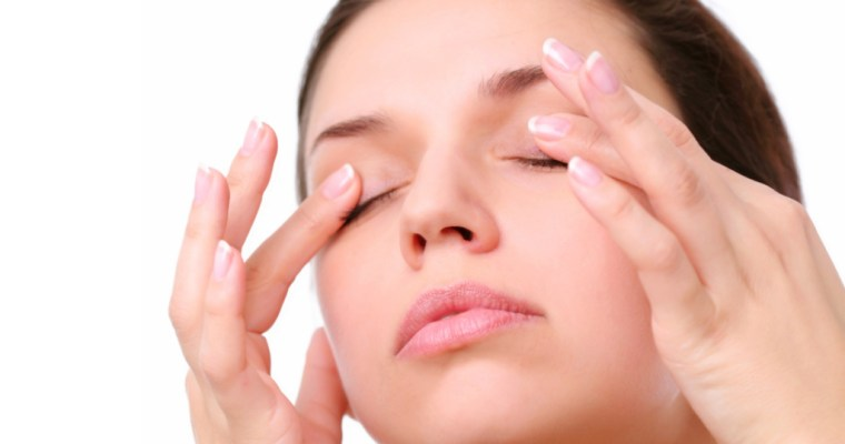 Surprising, Money-Saving Ways To Get Rid Of Dark Circles