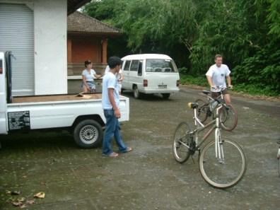 Bali Nov 2003 Maria-Pat0038