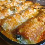 SPINACH LASAGNA ROLLS WITH ROASTED ALFREDO SAUCE