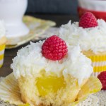 FLUFFY LEMON COCONUT CUPCAKES