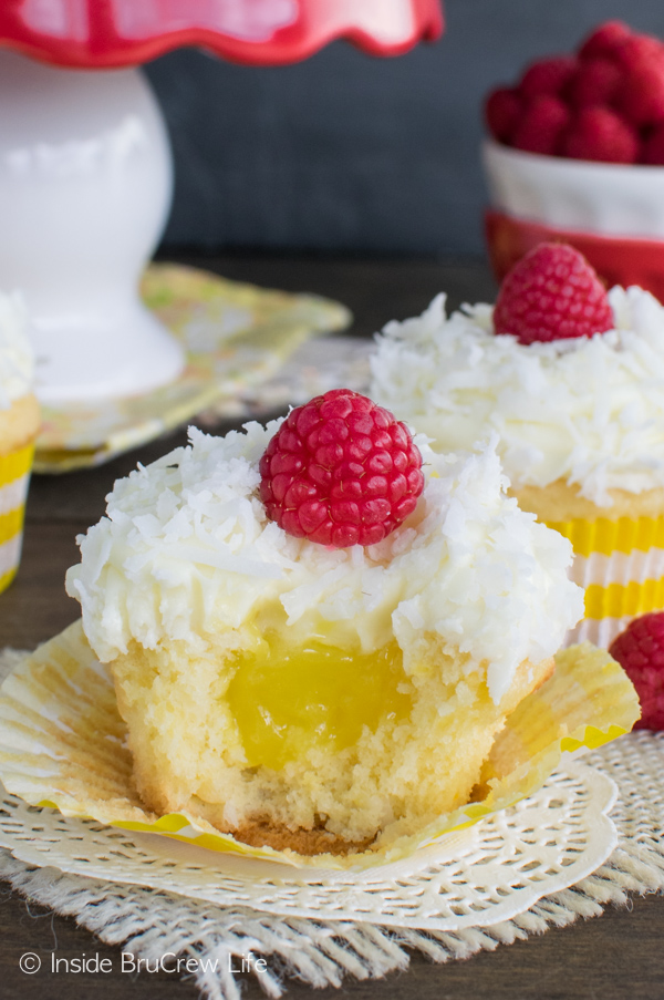 Lemon-Coconut-Cupcakes-10-1