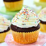 SUGAR COOKIE CHOCOLATE CUPCAKES WITH CREAM CHEESE FROSTING