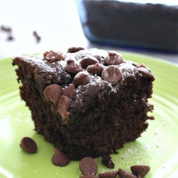 GREEK YOGURT COCOA CHIP CAKE