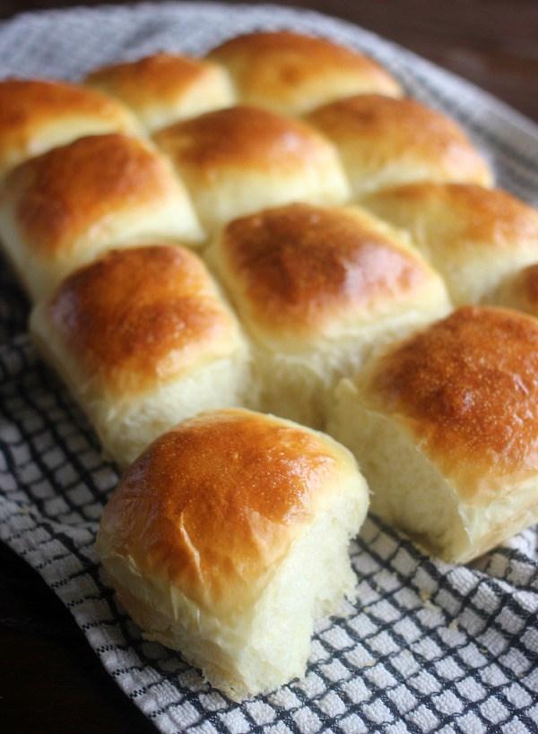 easy-soft-yeast-rolls