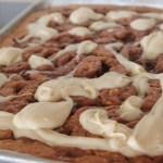 CINNAMON ROLL BANANA BREAD SHEET CAKE