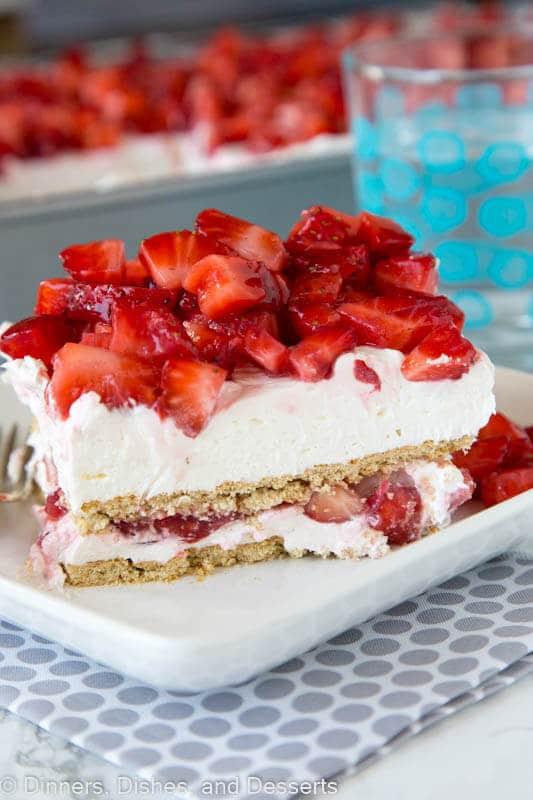 Strawberry Cheesecake Lasagna Maria S Mixing Bowl