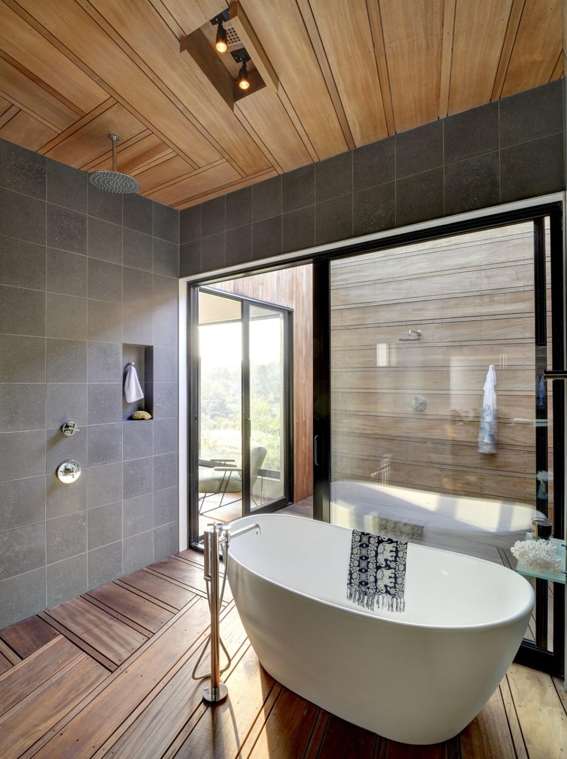 Residential Design Inspiration: Modern Master Bathrooms ...