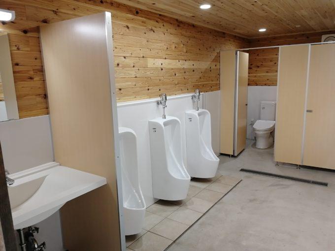 キャンプ バウアーハウスジャパン トイレ